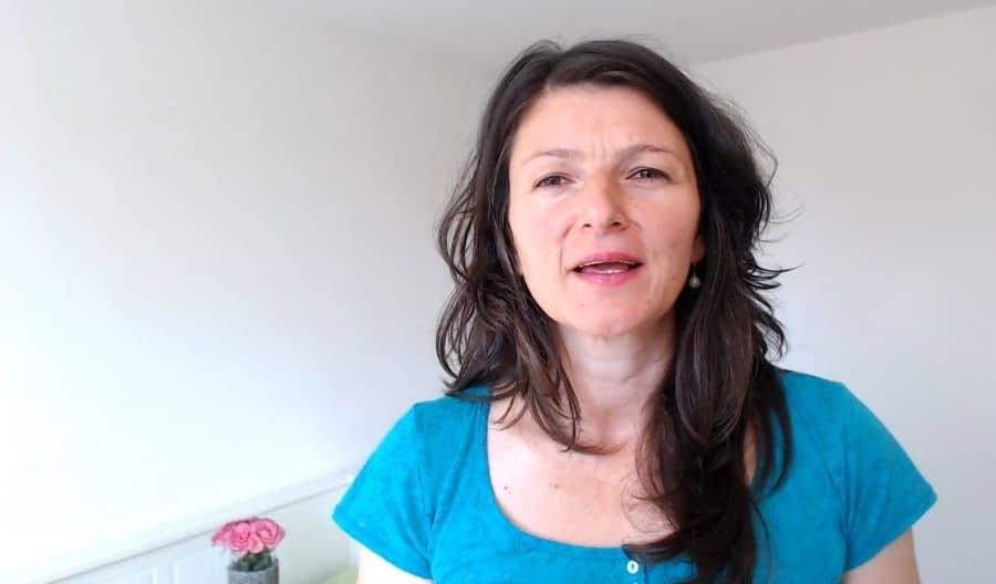 Mijn Verhaal: Hoe diepe ontkenning om te leren zetten in Werkelijke Liefde | Natasha Martinoska